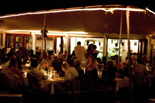 Cafe Roux Opens New Venue In Cape Town